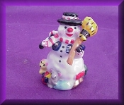 Snowman w/Broom (Porcelain)